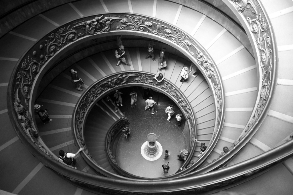 spiral-staircase-423345_1280